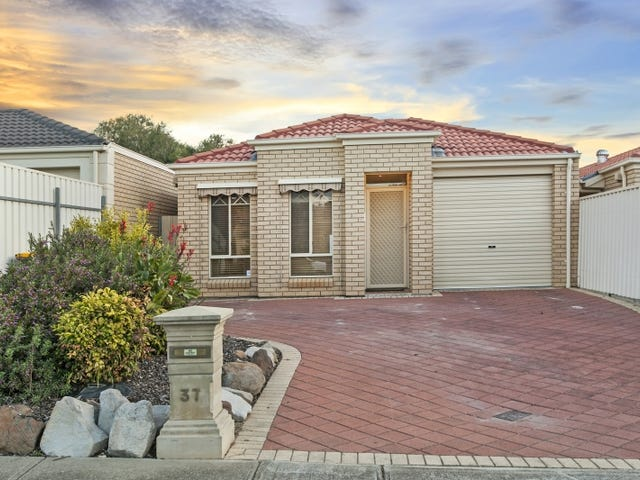 37 Ormond Avenue, Clearview, SA 5085