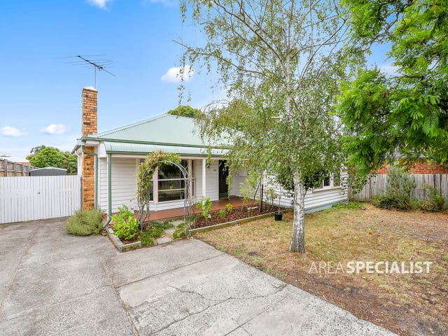 53 PARKMORE ROAD, Bentleigh East, Vic 3165