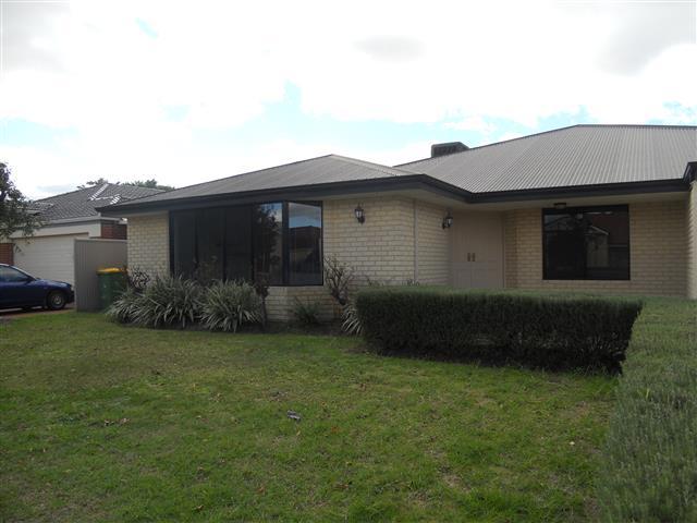 18 Sandleford Grange, Southern River, WA 6110