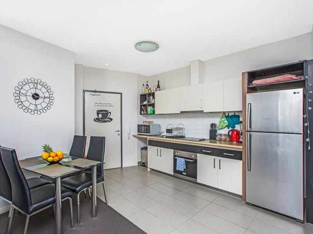 20/6 Points Way, Cockburn Central, WA 6164