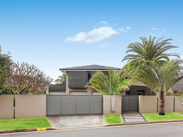 8 Wallaby Place, Sorrento, Qld 4217
