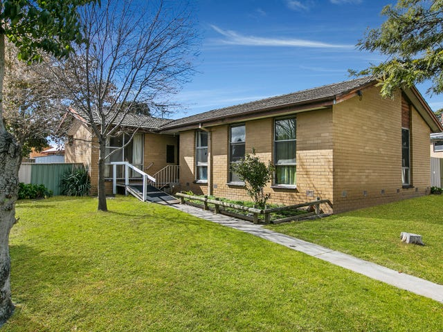 8 Hercules Street, Long Gully, Vic 3550