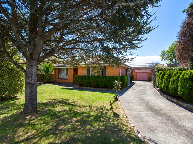 8 Warraburra Avenue, Rosebud, Vic 3939