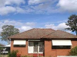 12 Macdonald Ave, Lurnea, NSW 2170