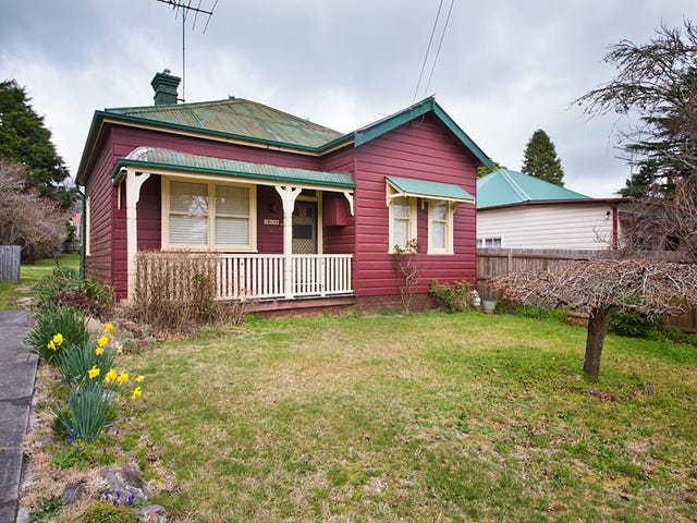 101 Govetts Leap Rd, Blackheath, NSW 2785