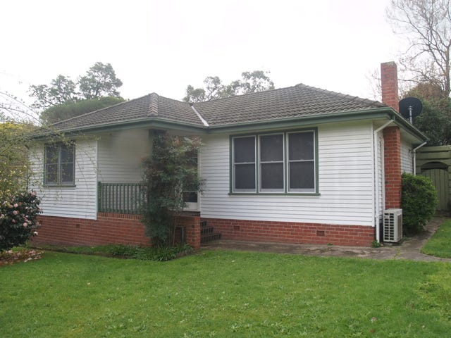 9 Dandar Rd, Bega, NSW 2550