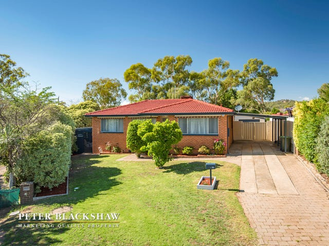 30 Hayley Crescent, Karabar, NSW 2620