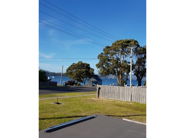 235 Flinders Street, Beauty Point, Tas 7270