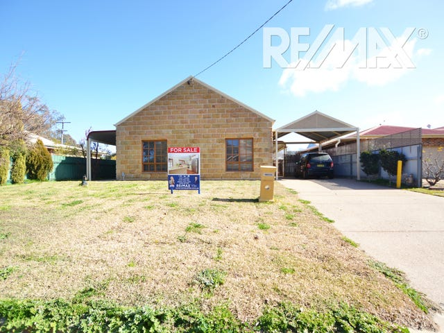 18 Rowe Street, Lake Albert, NSW 2650