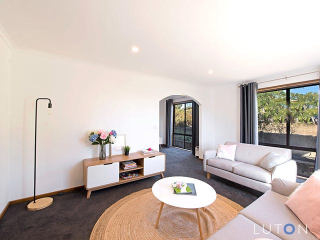 19 Muir Place, Queanbeyan, NSW 2620