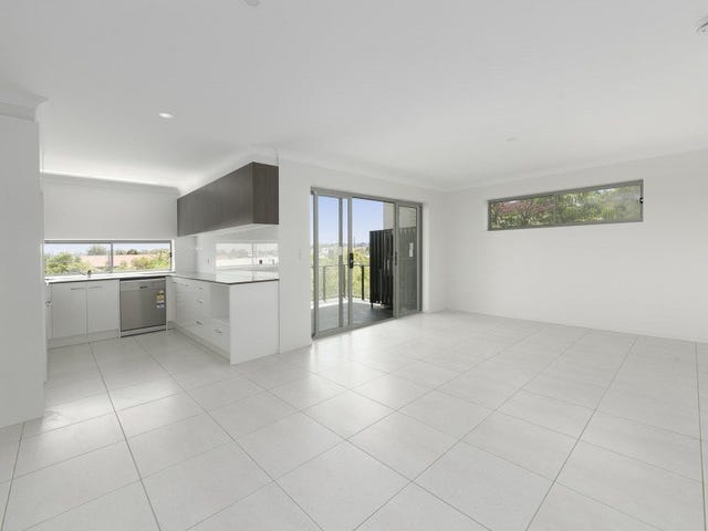 2 & 4/9 Bombery Street, Cannon Hill, Qld 4170