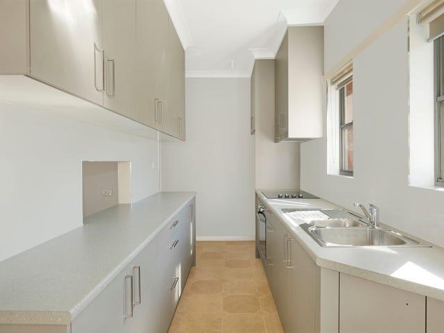 8 Dumfries Avenue, Mount Ousley, NSW 2519