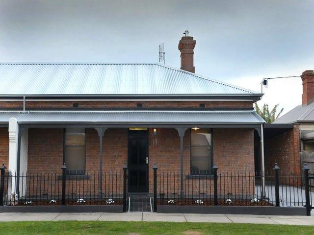 11 PYKE STREET, Bairnsdale, Vic 3875