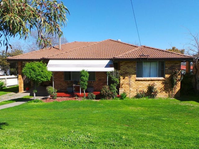 32 John Street, Tamworth, NSW 2340