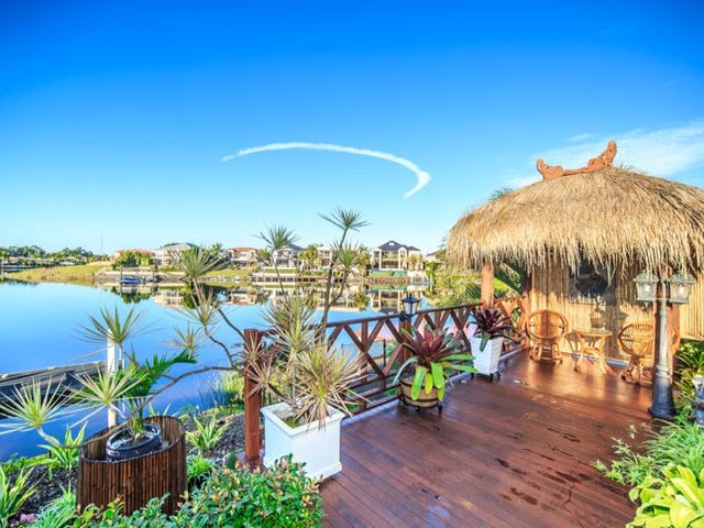 28 Clear Water Bay, Clear Island Waters, Qld 4226