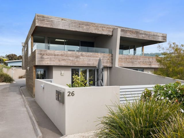 2/26 Ocean Esplanade, Blackmans Bay, Tas 7052