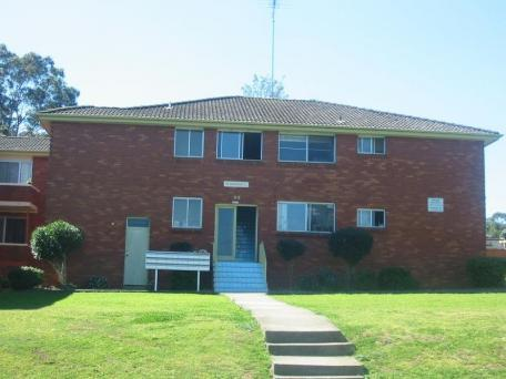 16/98 Dumaresq Street, Campbelltown, NSW 2560