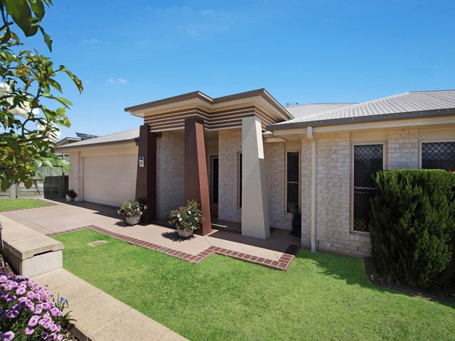 9 Ibis Crescent, Highfields, Qld 4352