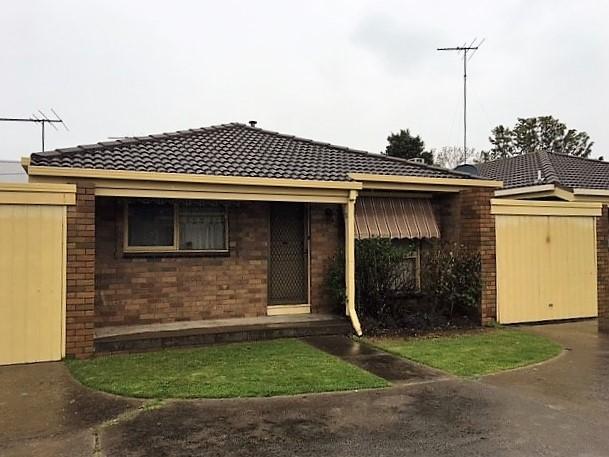 2/12 Boyne Avenue, East Geelong, Vic 3219