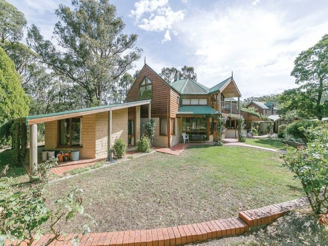 165 Kennedys Road, Smythes Creek, Vic 3351