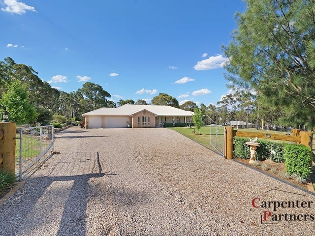 10 Albert Kench Pl, Buxton, NSW 2571
