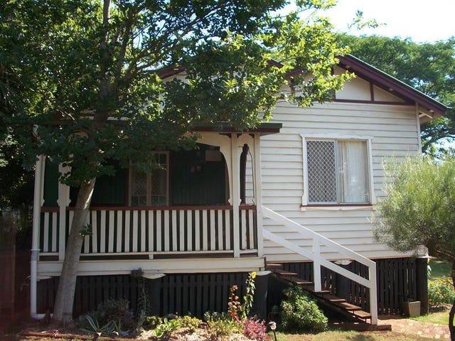 68 Mabel Street, North Toowoomba, Qld 4350