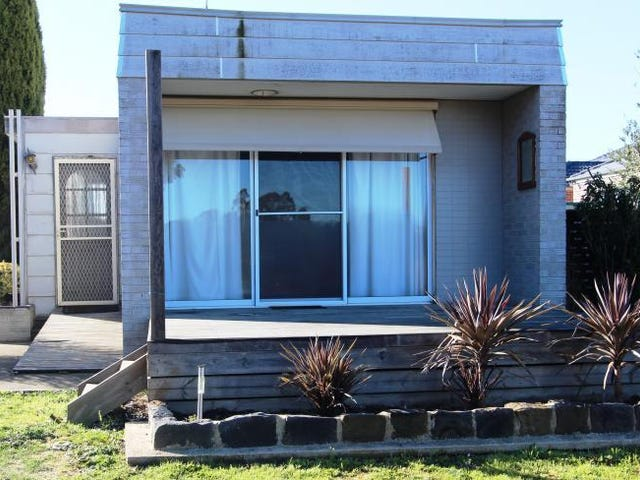 6a Valley Drive, Canadian, Vic 3350