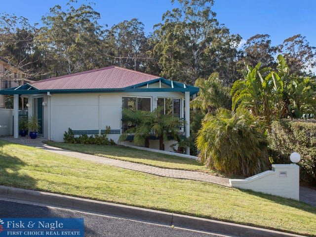11 Tern Close, Merimbula, NSW 2548