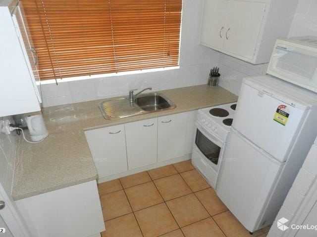 4/29 Off STREET, Gladstone Central, Qld 4680