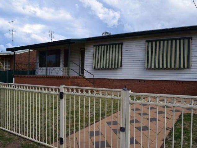 79 Woodward St, Parkes, NSW 2870