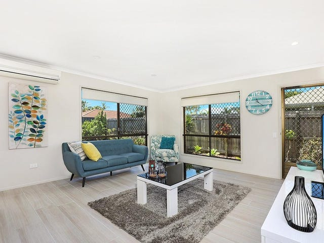 2/5 Caldwell Street, Golden Beach, Qld 4551