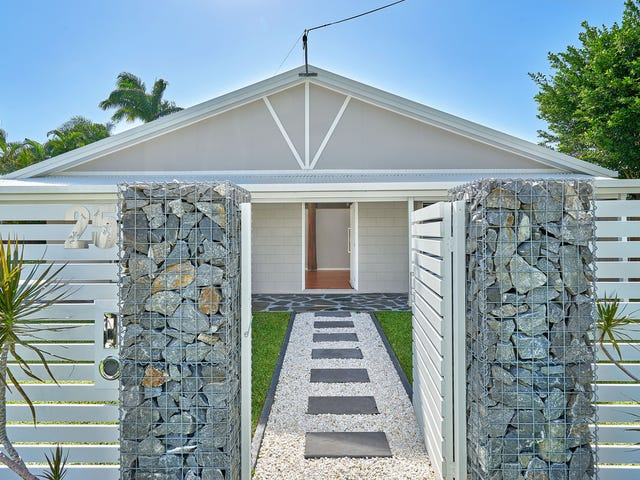 25 Rabaul Street, Trinity Beach, Qld 4879
