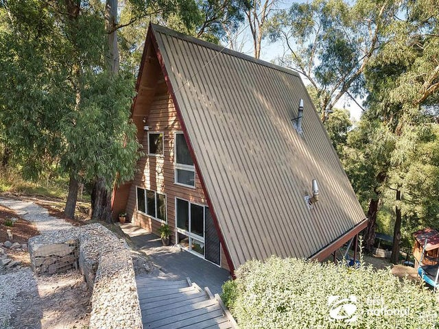 4 Selby-Aura Road, Selby, Vic 3159
