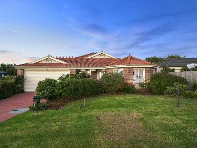 8 Golf Course Circle, Safety Beach, Vic 3936