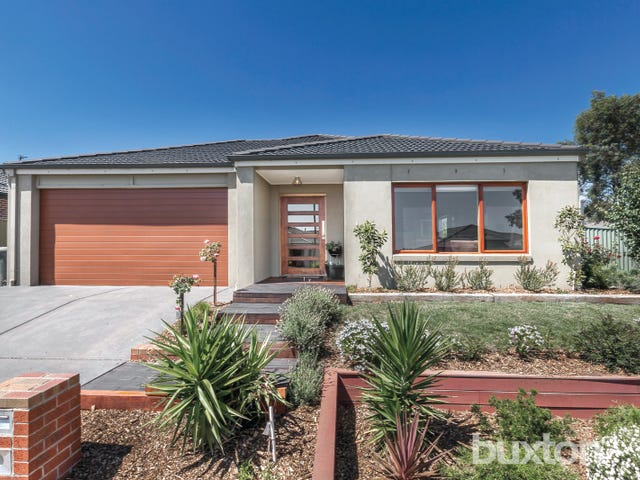 4 Waterford Drive, Miners Rest, Vic 3352
