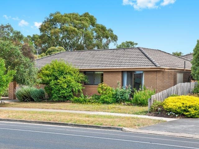 1/120 Cuthberts Road, Alfredton, Vic 3350