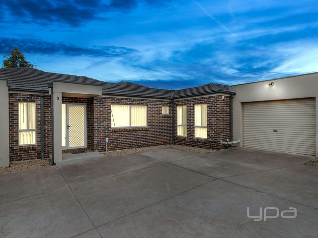 3/37 Lomandra Bowl, Melton West, Vic 3337