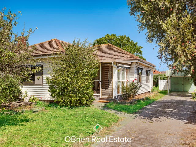 7 Bayliss Court, Cheltenham, Vic 3192