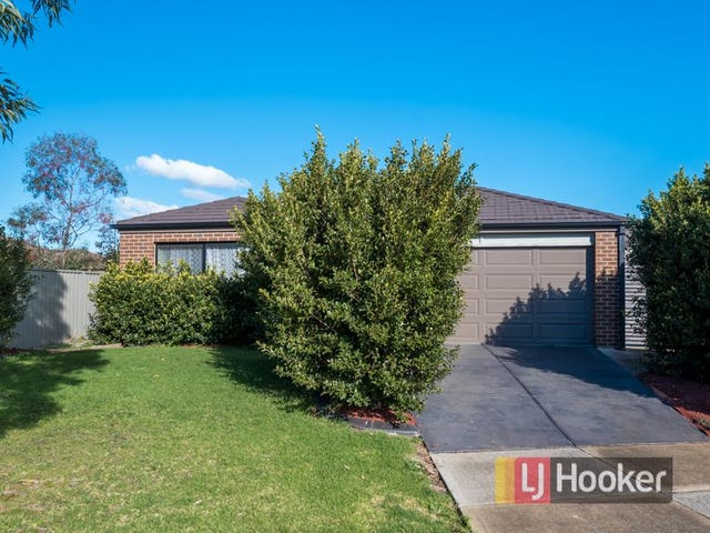 2 Saltram Court, Cranbourne East, Vic 3977