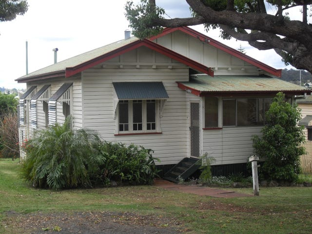 21 Cumming Street, North Toowoomba, Qld 4350