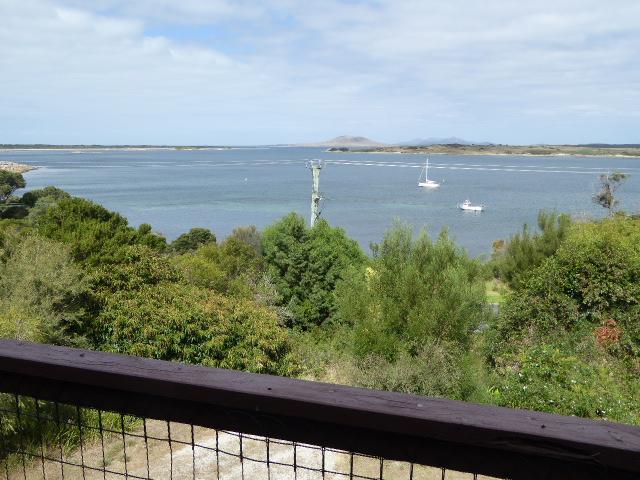 39-41 Franklin Parade, Lady Barron, Flinders Island, Tas 7255