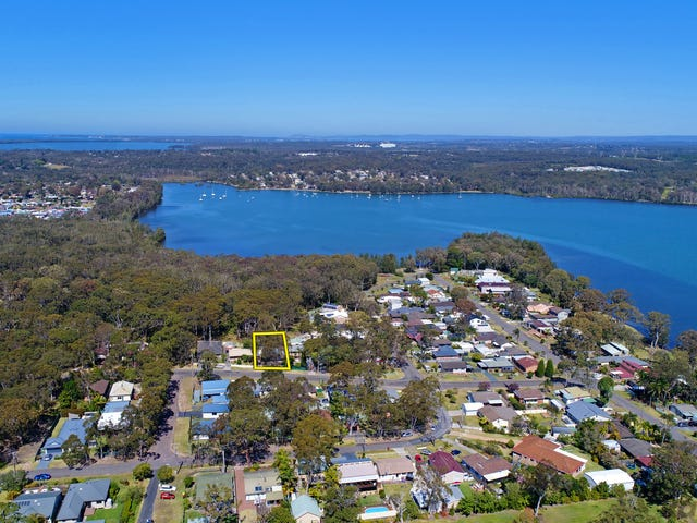 11 Houston Avenue, Chain Valley Bay, NSW 2259