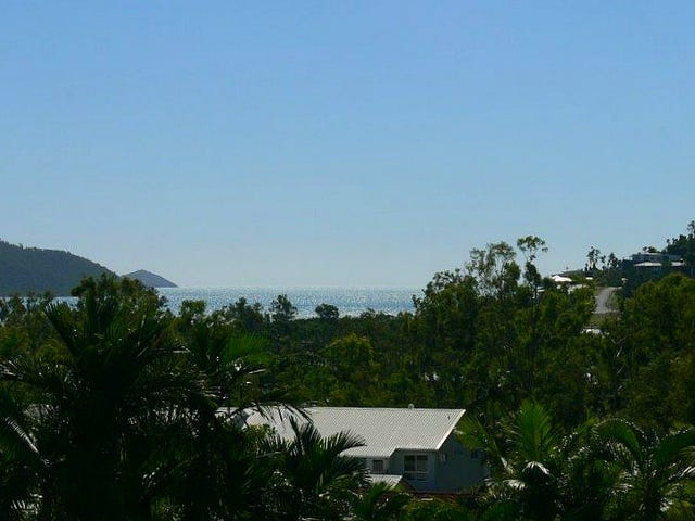 10 Country Road, Cannonvale, Qld 4802