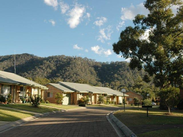 349 Ocean Drive, Laurieton, NSW 2443