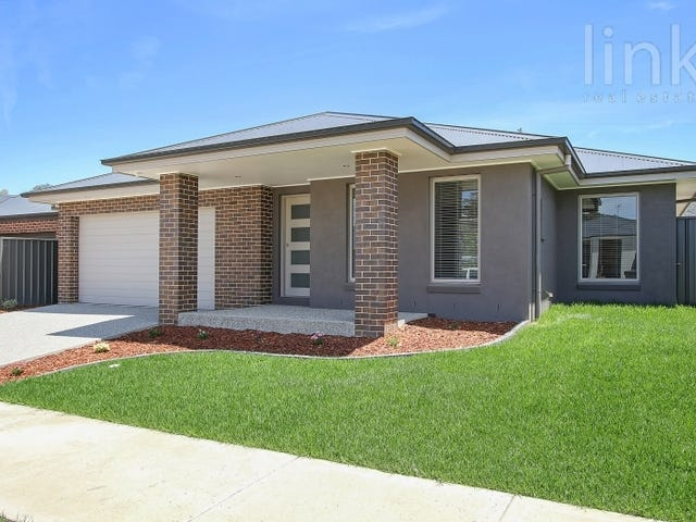 14 Lankester Court, Thurgoona, NSW 2640