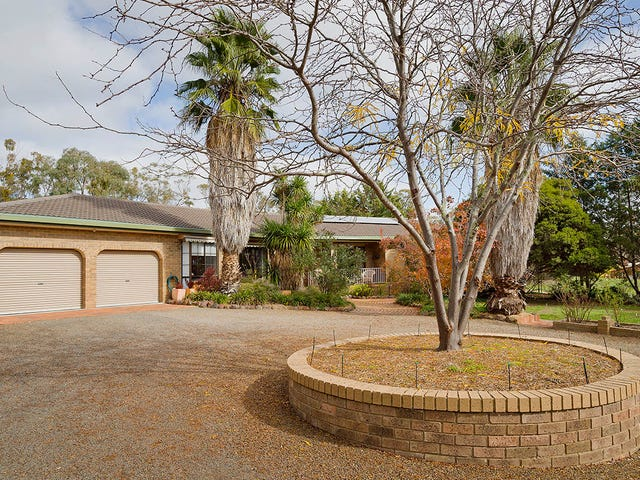 84 Moscript Street, Campbells Creek, Vic 3451