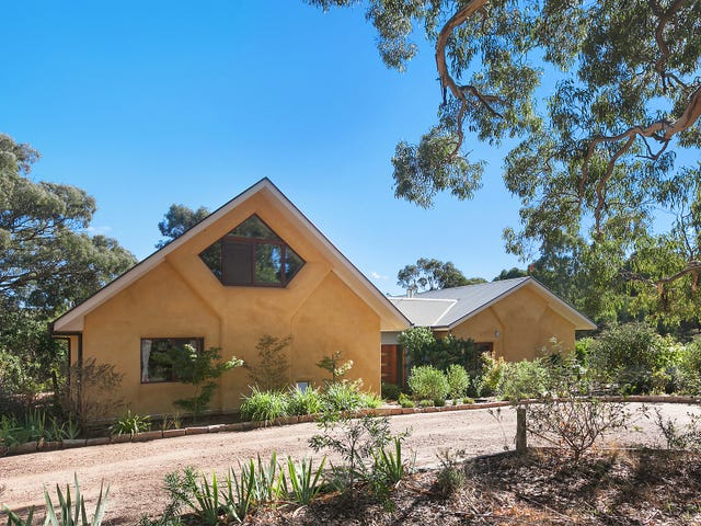 350 Beralston Road, Gundaroo, NSW 2620