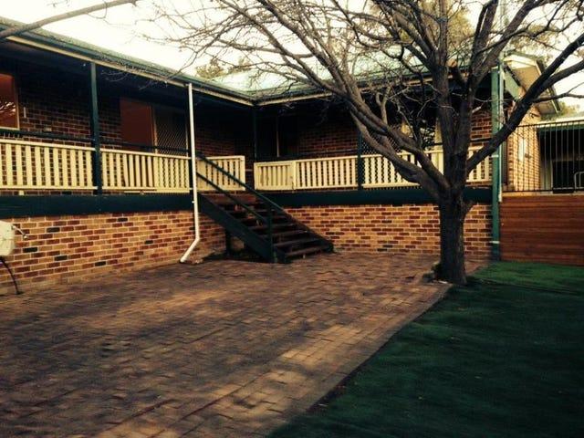 72 Jacaranda Drive, Jerrabomberra, NSW 2619