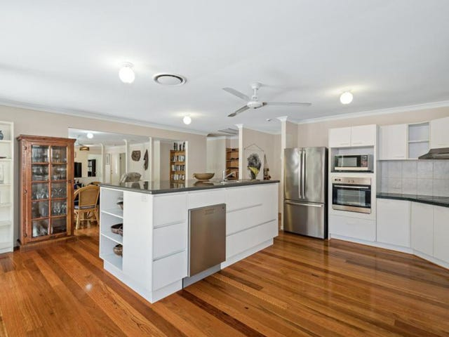 14 Parkway Place, Kenmore, Qld 4069