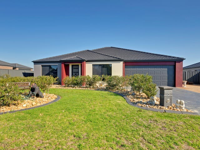 3 Chown Court, Rosedale, Vic 3847